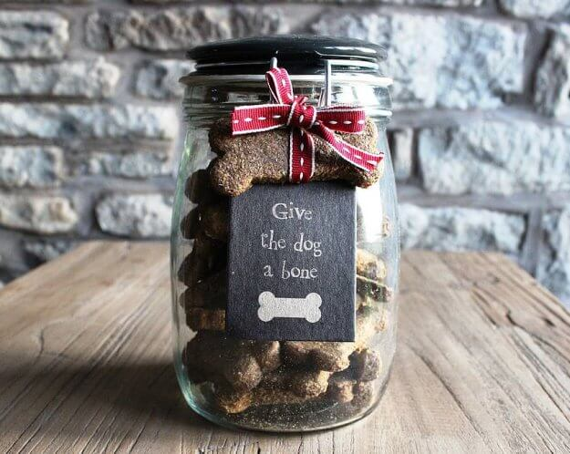 This weeks 22 corporate gifts ideas for men and women for Cute mason jar christmas gift ideas
