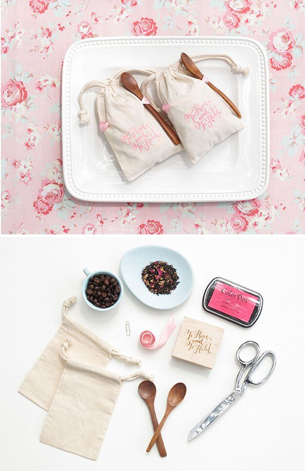 DIY wedding favor bags
