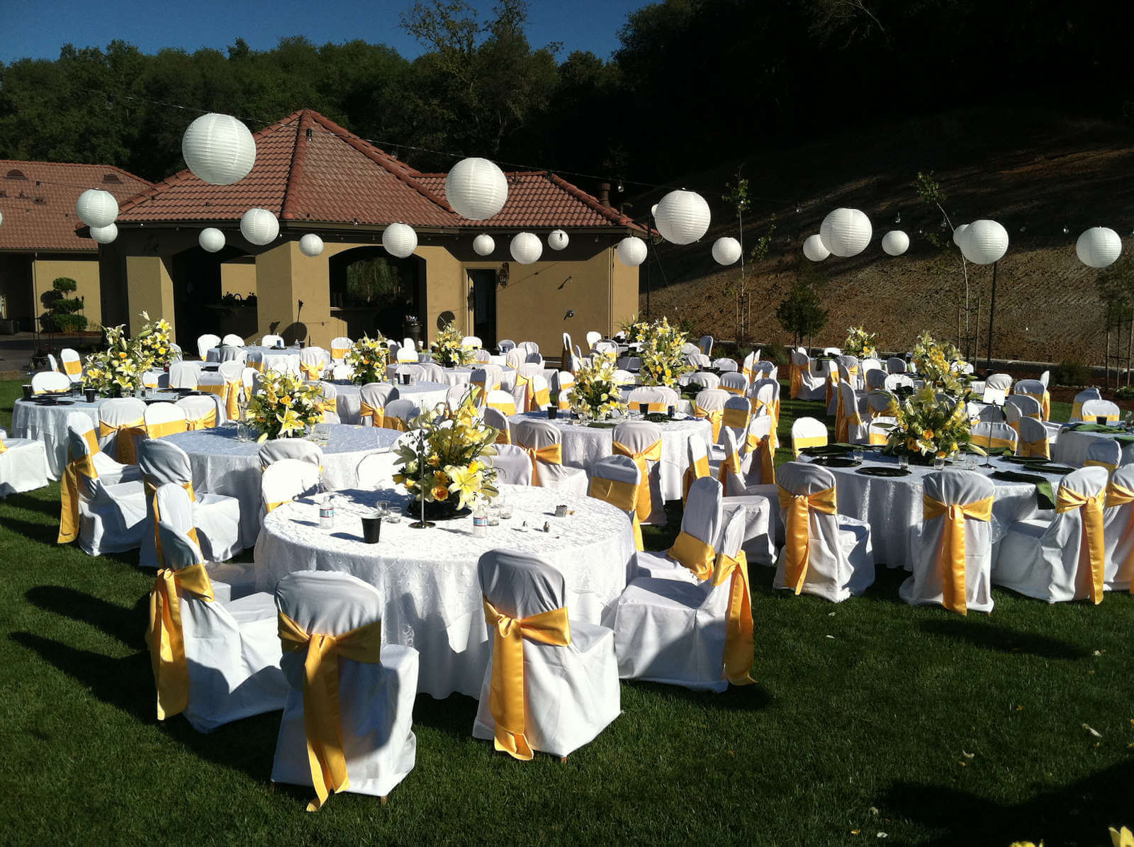 outdoor wedding decoration this weeks 14 outdoor wedding decorations 6323